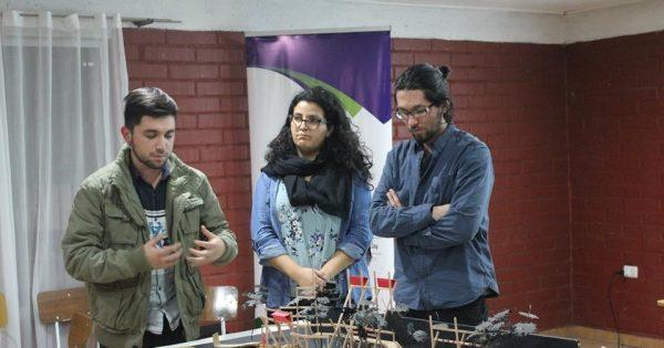 Estudiantes de la Carrera de Arquitectura tuvieron destacada participación en presentar proyecto en la localidad de Llay Llay