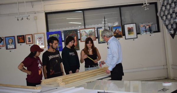 Concluye proceso de certificación de las carreras de Arquitectura y Diseño UVM