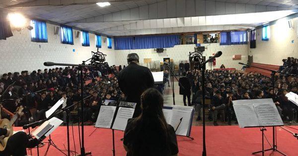 UVM lleva a Quintero exposición de arte y concierto de Conjunto Barroco
