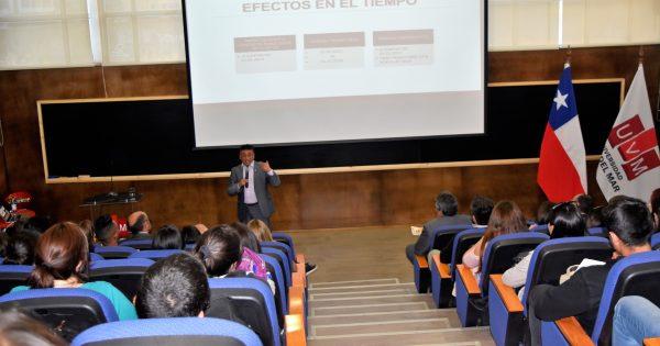 Impactos de la Reforma Tributaria fue tema central de Inauguración Año Académico de la Escuela de Negocios
