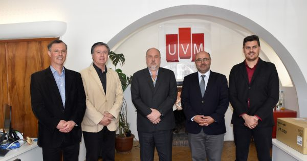 UVM recibe visita de importante universidad brasilera