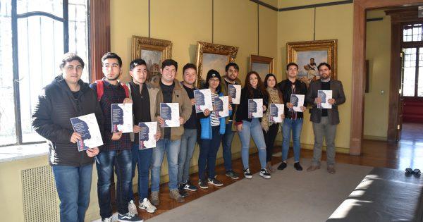 Estudiantes de Administración de Negocios Turísticos y Hoteleros recorren Palacio Baburizza