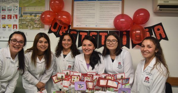 Escuela de Ciencias de Salud realiza operativo en supermercados Jumbo