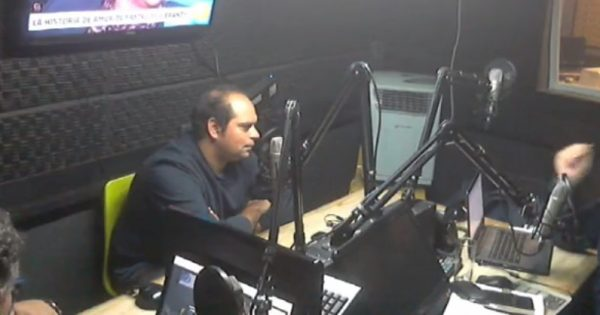 Docente Escuela Comunicaciones conversa sobre medios digitales en Radio Valparaíso