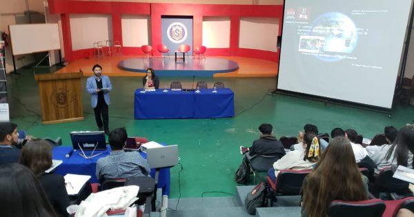 Académico de la Escuela de Comunicaciones expone en Universidad de La Serena