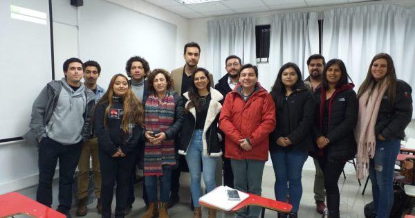 Ex alumnos y profesionales comparten experiencias con estudiantes Periodismo UVM