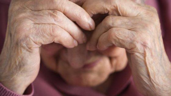 Adultos mayores: ¿en distanciamiento social o soledad?