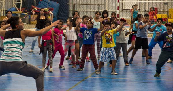 Niños del Campamento Felipe Camiroaga participarán en Escuela de verano en UVM