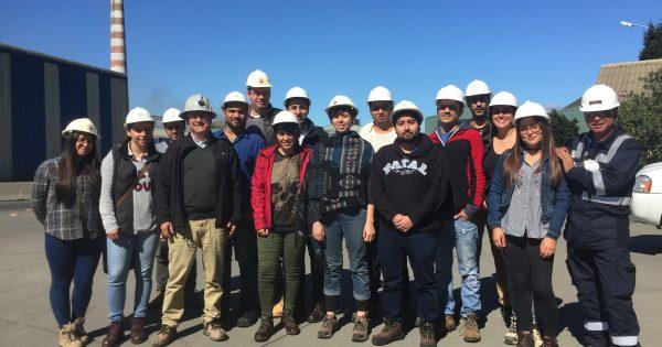 Estudiantes de la Escuela de Ingeniería UVM visitan Codelco División Ventanas
