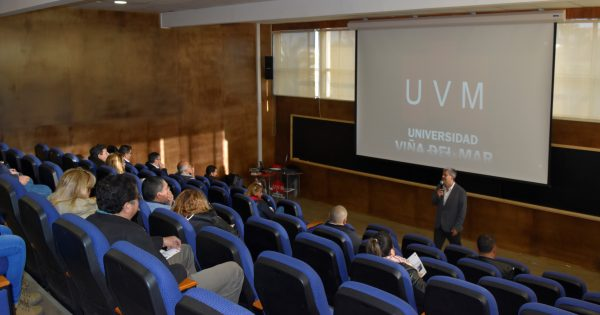 Escuela de Ingeniería realiza la V Jornada de Apoderados de Estudiantes de primer año