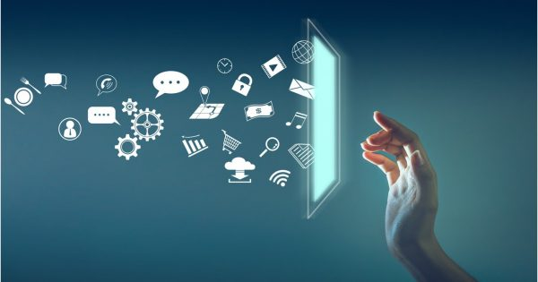 Escuela de Comunicaciones realizó conservatorio sobre infoxicación