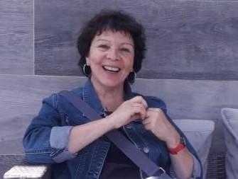 Mariana Arancibia, matrona.