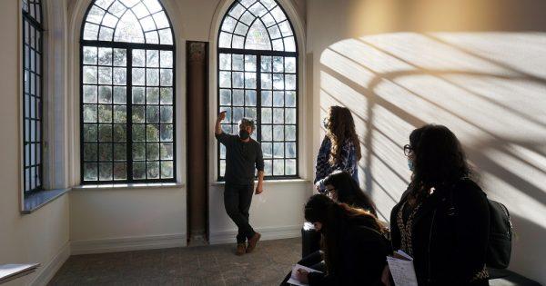 Estudiantes de Diseño UVM visitaron el Museo Palacio Vergara