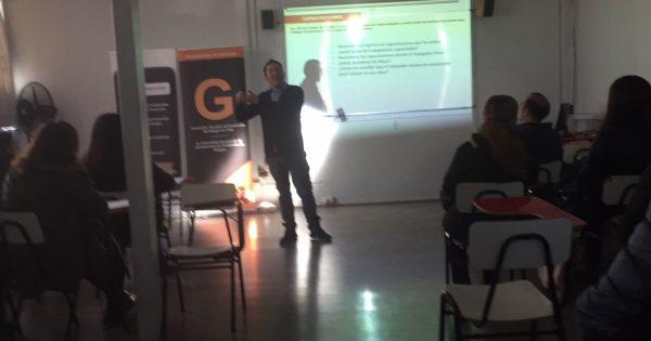 Carrera de Ingeniería en Prevención de Riesgos realiza actividad conjunta con Gremio Prevención