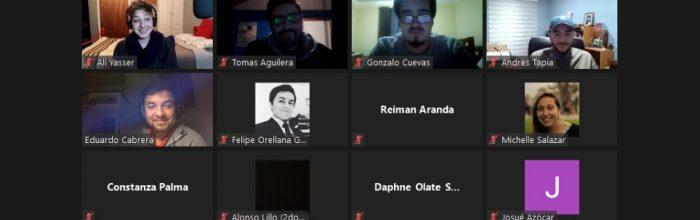 Estudiantes Periodismo UVM se preparan para práctica profesional con charla informativa y taller LinkedIn