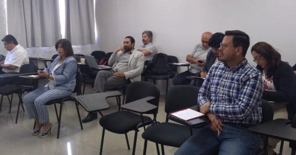 Con éxito se realizó el primer taller Fondef de la Escuela de Ingeniería y Negocios
