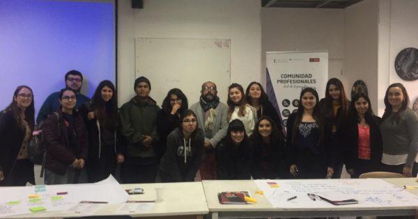 Estudiantes de Pedagogía en Artes Visuales UVM participan de Jornada de Actualización Profesional
