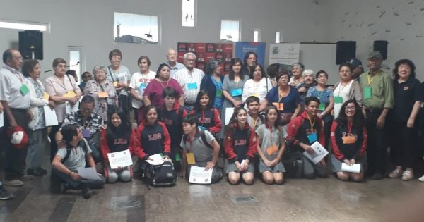 UVM participa en Encuentros Intergeneracionales en Santa María y Casablanca