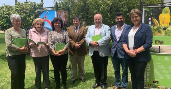 UVM lanza libro sobre sobre flora circundante al Campus Rodelillo