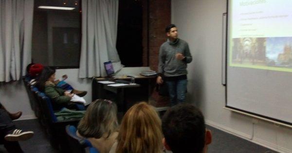 Carrera de Trabajo Social UVM brindó charla a los Alumnos Vespertinos sobre becas y pasantías en el extranjero