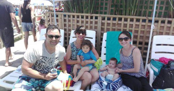 Colaboradores UVM disfrutan de una tarde en Parque Acuático