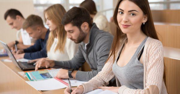 Conoce las distintas becas universitarias para estudiantes