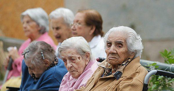 Edadismo o discriminación por edad: el rol de los profesionales sanitarios
