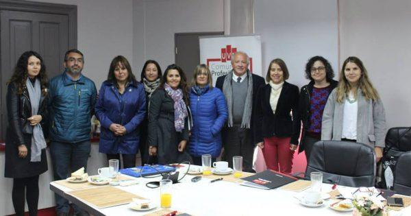 Pedagogía en Artes Visuales se reúne con sus Empleadores