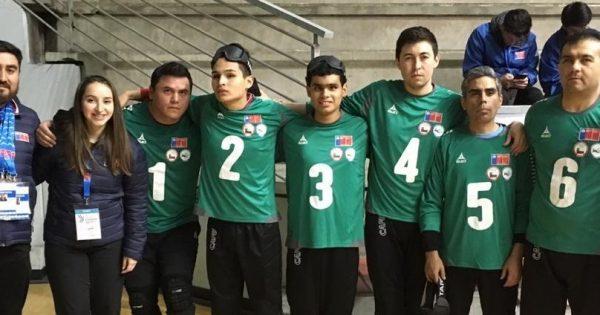 Interna de Kinesiología es parte del cuerpo técnico de la selección regional de goalball