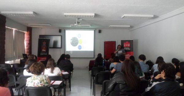 En UVM se desarrolló conversatorio sobre Estado y movilizaciones sociales
