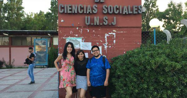 Alumnos de Relaciones Públicas asisten a Congreso Binacional en Argentina