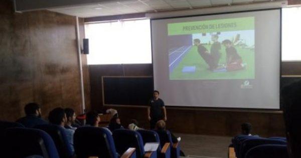 Academia científica de kinesiología realiza la primera jornada en la UVM