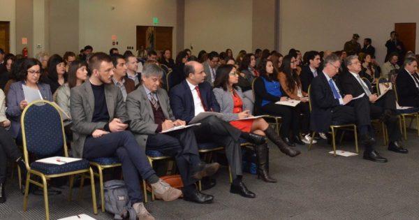 Expertos entregan claves para la apertura de fronteras académicas en Chile