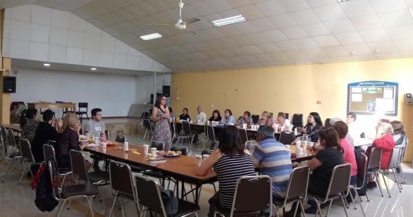 Estudiantes de Trabajo Social Vespertino organizan once comunitaria en Santa Inés