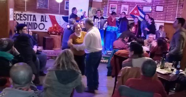 Psicopedagogía participa en Peña Folclórica en Valparaíso