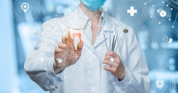 Odontología UVM organiza seminario sobre uso de tecnología sustentable en la profesión