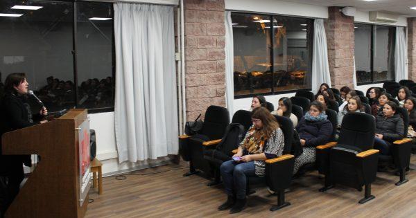 Educación Parvularia Vespertino UVM realizó Seminario sobre temáticas educación inicial